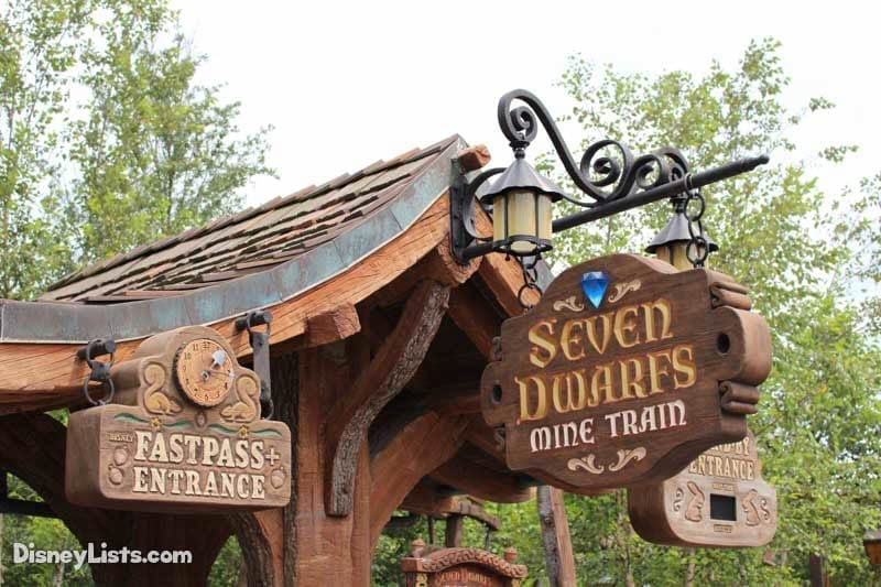 7 Dwarfs Mine Train FastPass Entrance