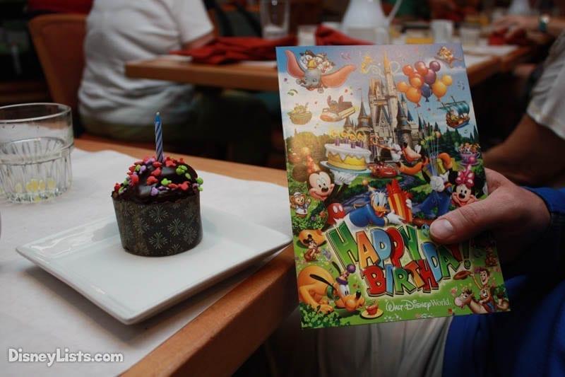 Disney Dining Birthday Cupcake and Card