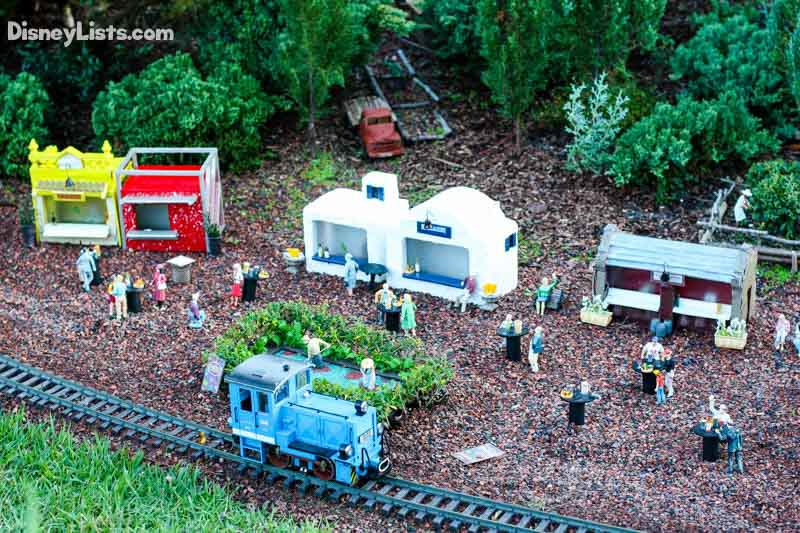 The Food & Wine Festival Joins the Train Display in Germany