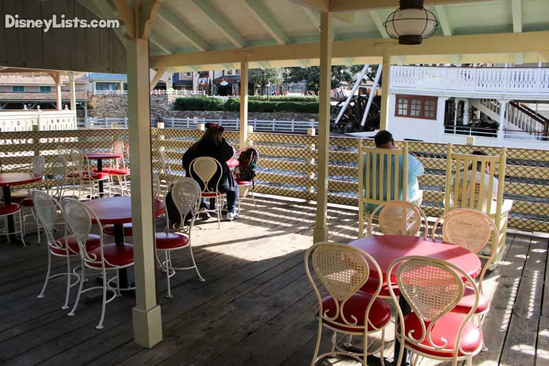 The seating area at Aunt Polly's Dockside is a quiet place to rest up!