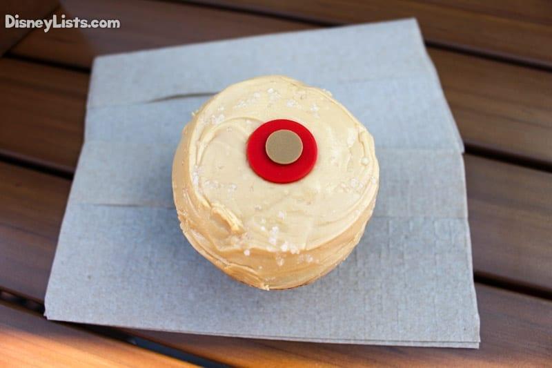 sprinkles-salty-caramel-cupcake