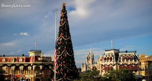 Mickeys Very Merry Christmas Party 2018.A Review Of Mickey S Very Merry Christmas Party In 2018